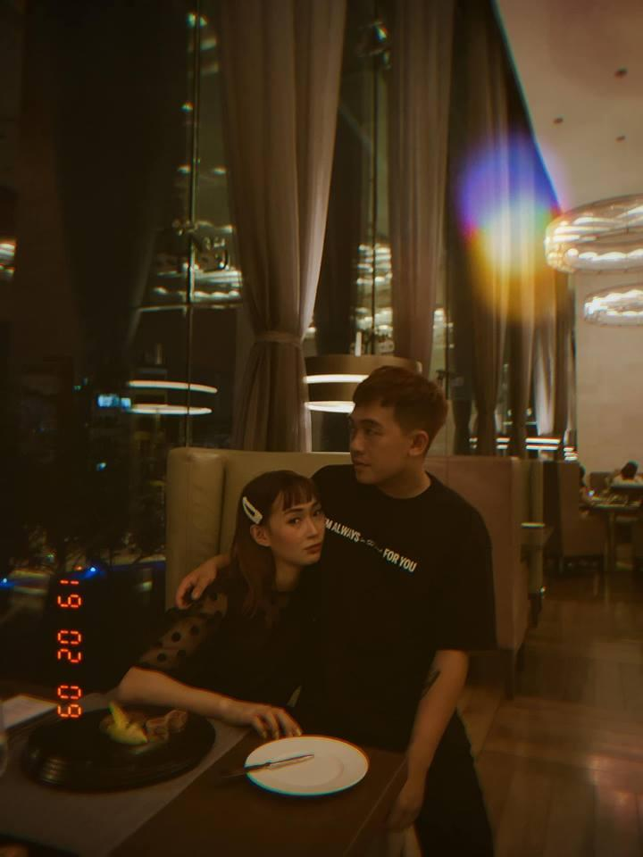 Đăng ảnh sống ảo cực bảnh bao, Quang Hải bị soi dùng lại caption của Hoa hậu Đặng Thu Thảo-10
