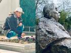Đầu năm mới, Hồ Quang Hiếu đi thăm mộ nhà tiên tri mù Vanga