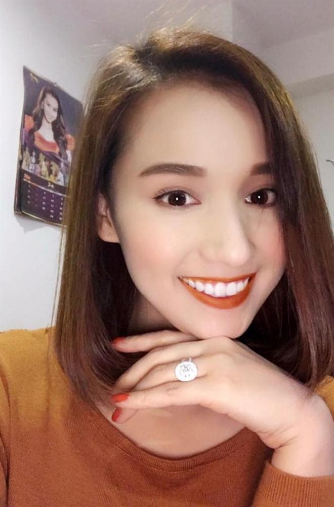 Ngắm quà Valentine hàng hiệu xa xỉ của mỹ nhân Việt-3