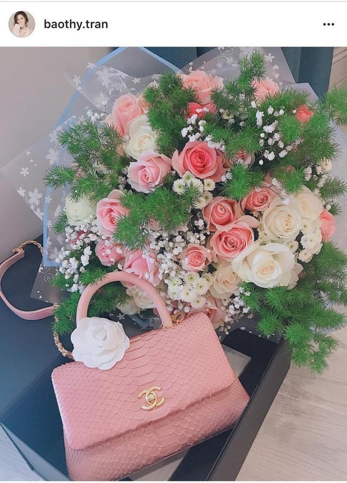 Ngắm quà Valentine hàng hiệu xa xỉ của mỹ nhân Việt-8