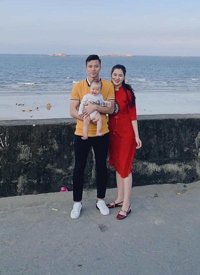 Quế Ngọc Hải trở thành thánh tiết kiệm của đội tuyển Việt Nam khi cả Tết Kỷ Hợi chỉ diện đúng 1 chiếc áo-4