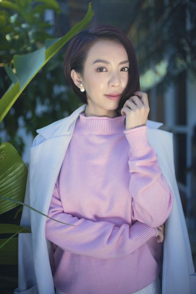 Thu Trang kể đi diễn hài, cha bật khóc như trong phim Châu Tinh Trì-2