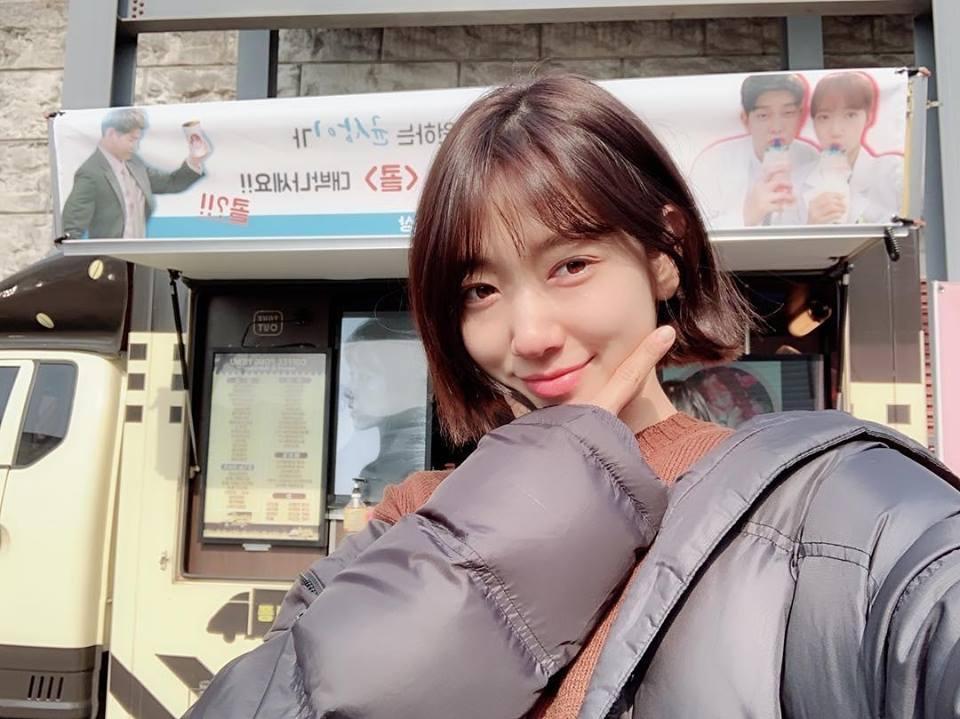 Park Shin Hye khoe gương mặt mộc mạc mà vẫn đủ đốn tim người hâm mộ-1