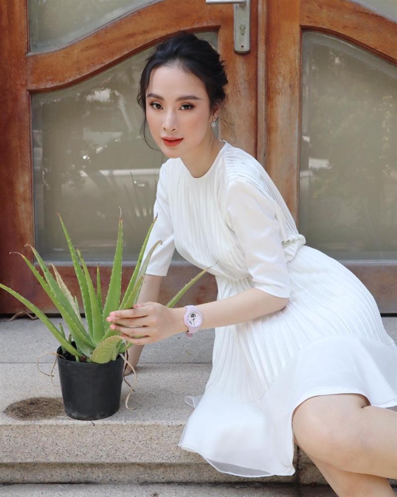 Hòa Minzy che mặt khi gặp người Việt tại nước ngoài vì sợ xấu quá khi không make up-2