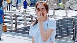 Hòa Minzy che mặt khi gặp người Việt tại nước ngoài vì 'sợ xấu quá khi không make up'