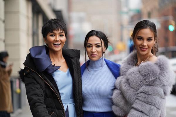 HHen Niê và Hoa hậu Hoàn Vũ Catriona Gray đẹp bất phân thắng bại khi hội ngộ trên đất Mỹ-3