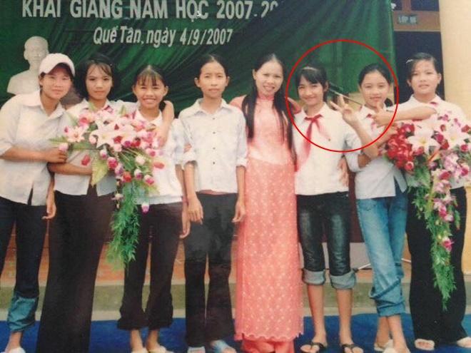 Hòa Minzy bị tẩy chay nhưng người bạn thân bỗng gây chú ý nhờ công khai ảnh thời trẩu tre cùng nữ ca sĩ-8