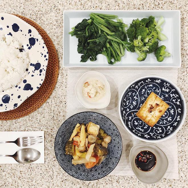 Làm bạn với bơ và trứng luộc, đây là bí kíp giúp Hà Tăng - Châu Bùi giữ dáng hoàn hảo-7