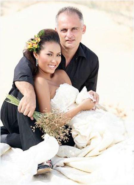 Chồng cũ nương nhờ cửa chùa sau khi tự tử, Phi Thanh Vân thẳng thắn: Hôn nhân với chồng thứ 2 khiến tôi vỡ mạch, vỡ mộng-2