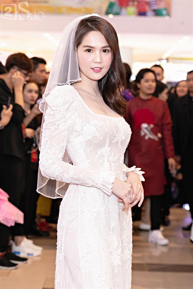 Cùng diện áo cưới, Ngọc Trinh và Diệu Nhi hóa thân thành cô dâu chẳng cần chú rể-1