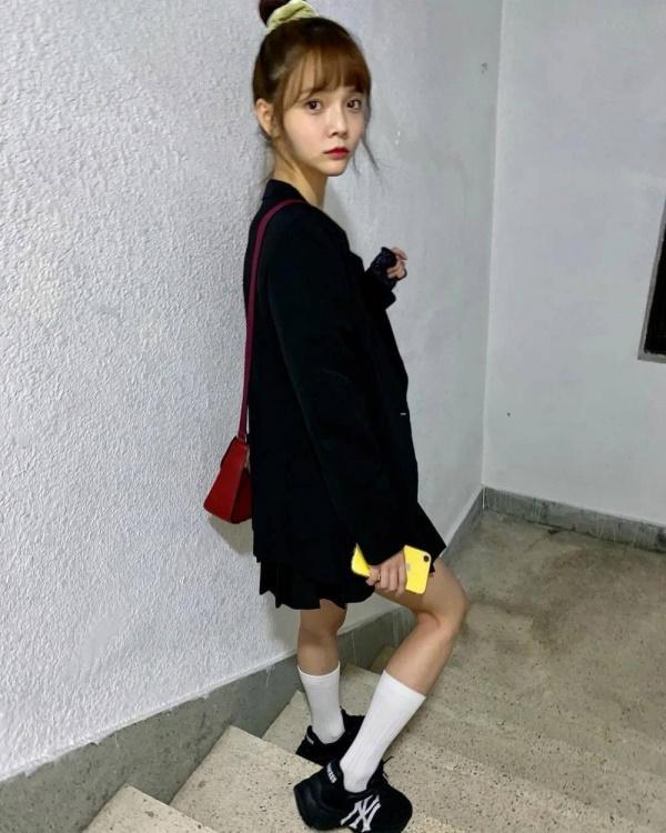 Xuất hiện với hình ảnh gầy gò và hốc hác khác lạ, thành viên AOA khiến fan náo loạn vì lo lắng cô đang tự bỏ đói bản thân-5
