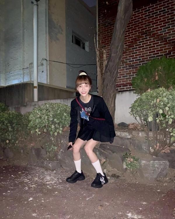 Xuất hiện với hình ảnh gầy gò và hốc hác khác lạ, thành viên AOA khiến fan náo loạn vì lo lắng cô đang tự bỏ đói bản thân-6