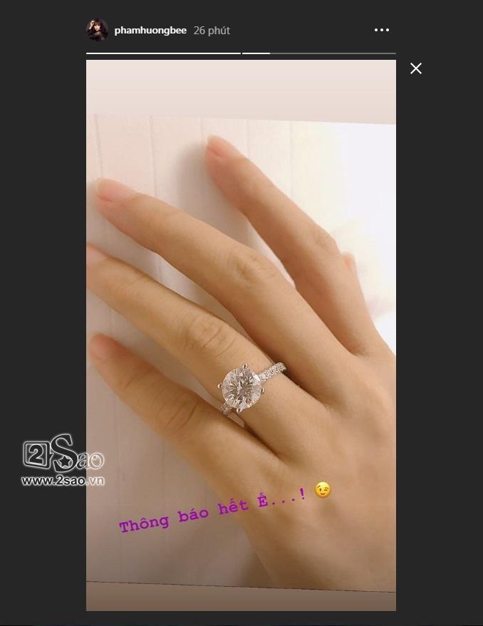 Hoa hậu Phạm Hương công khai đã đính hôn, vậy hôn phu của cô ấy là ai?-1