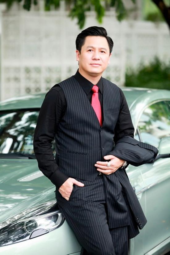 Hoa hậu Phạm Hương công khai đã đính hôn, vậy hôn phu của cô ấy là ai?-6