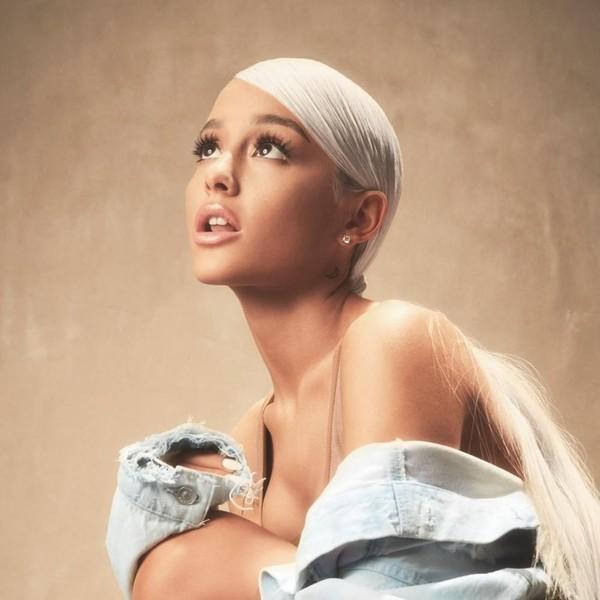 Review ngắn album Thank U, Next của Ariana Grande: Nước mắt cũng đến ngày phải cạn-4