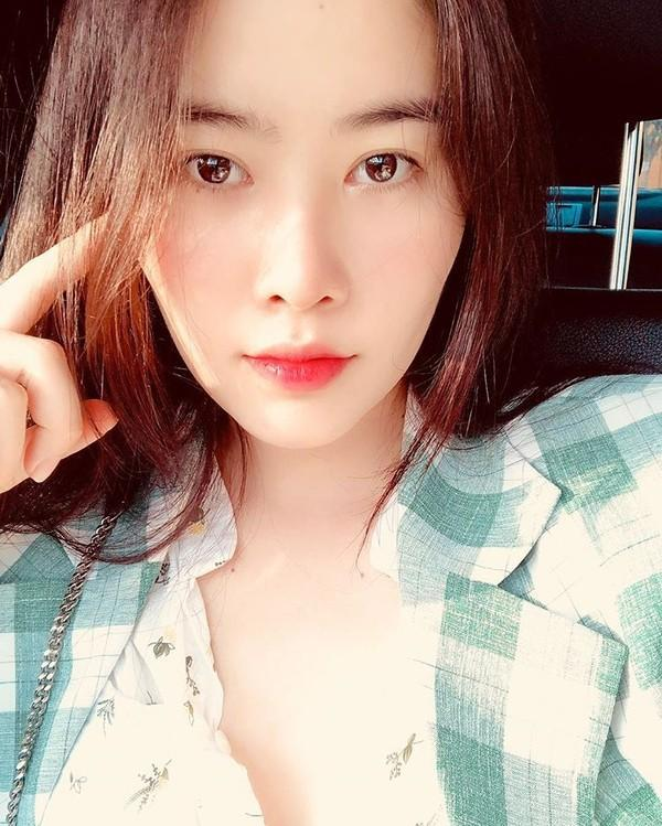 Nam Em - Diễm Hương gây shock chốn showbiz với phát ngôn tình - tiền, báo hiệu năm 2019 nhiều sóng gió-4