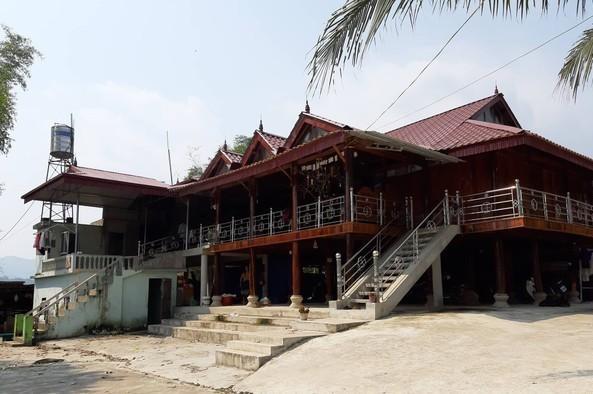 Bố đẻ sát hại con 10 tháng tuổi trong nhà tắm ở Điện Biên-1