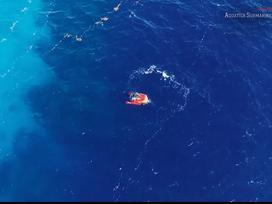 Khám phá Great Blue Hole, hố xanh khổng lồ giữa lòng đại dương