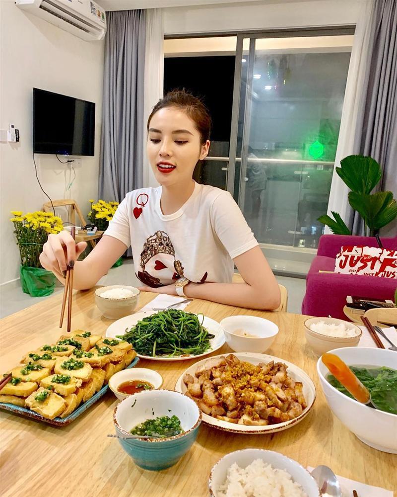 Bị chê chụp hình xấu, Hoa hậu HHen Niê thừa nhận: Đúng thật-3