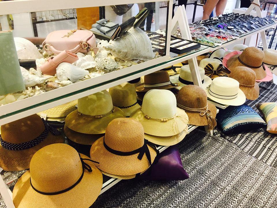 Hết dép rọ bộ đội, Gucci lại tung ra mẫu mũ hơn 10 triệu đồng mà chẳng khác gì nón cói đi biển bán đầy ngoài chợ-7