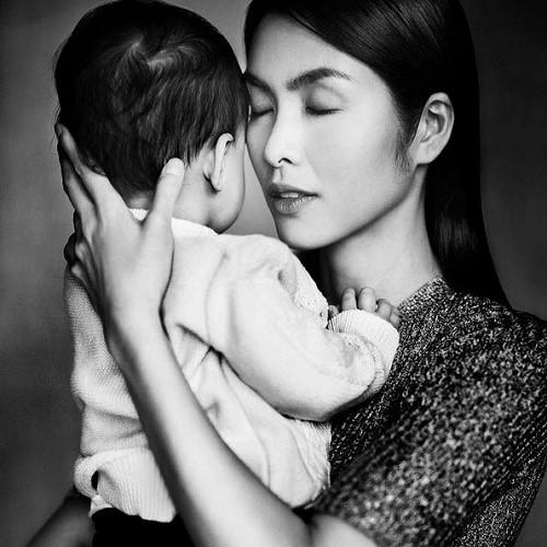 Dù đã lớn phổng phao, gương mặt của một loạt nhóc tì nhà sao Việt vẫn luôn là ẩn số-1