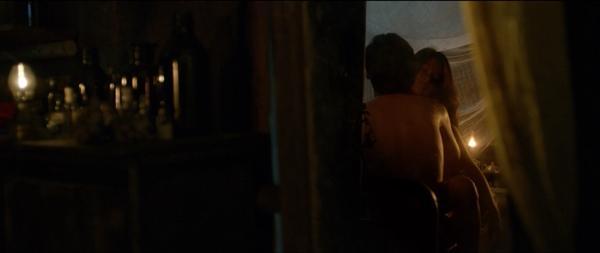 Phim về bùa ngải Thiên Linh Cái tung trailer đầy rẫy cảnh nóng của Hoàng Yến Chibi-5