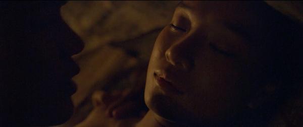 Phim về bùa ngải Thiên Linh Cái tung trailer đầy rẫy cảnh nóng của Hoàng Yến Chibi-7