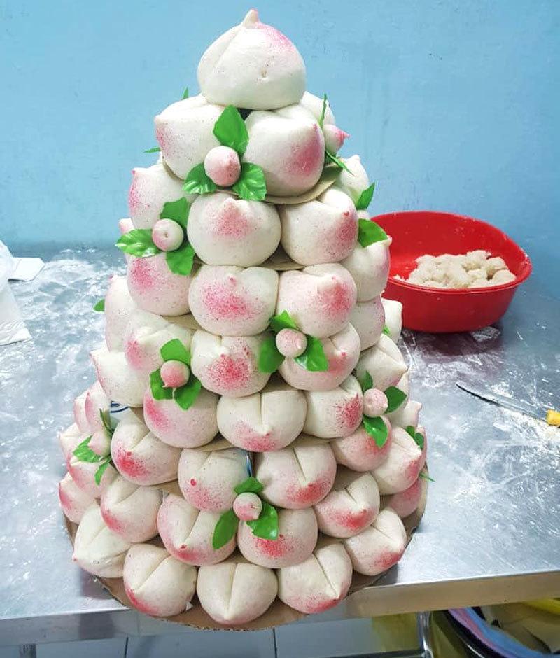 Phát sốt với cỗ Rằm tháng Giêng 100 cái bánh bao đào tiên hồng rực-2
