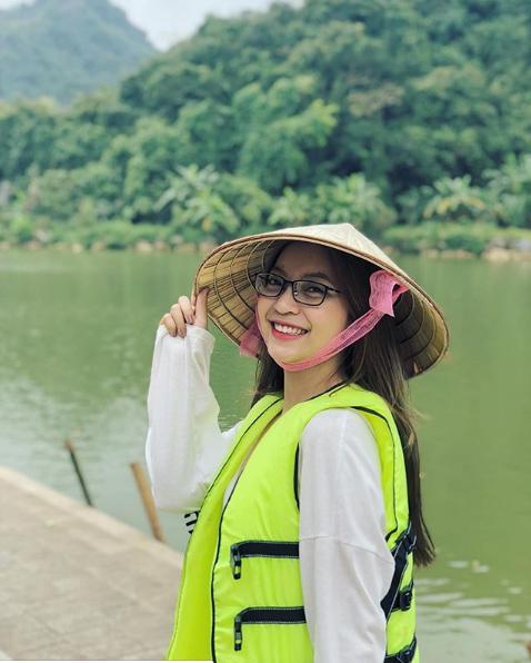 Đăng ảnh kiểu gì cũng bị chê hở ngực lộ eo, bạn gái Quang Hải chia sẻ status mới đảm bảo antifan đọc xong tức nghẹn họng-3