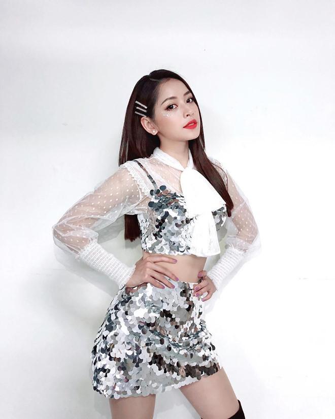 5 kiểu tóc với kẹp mái từ những năm 2000 giúp các cô gái xinh như idol Hàn Quốc-3