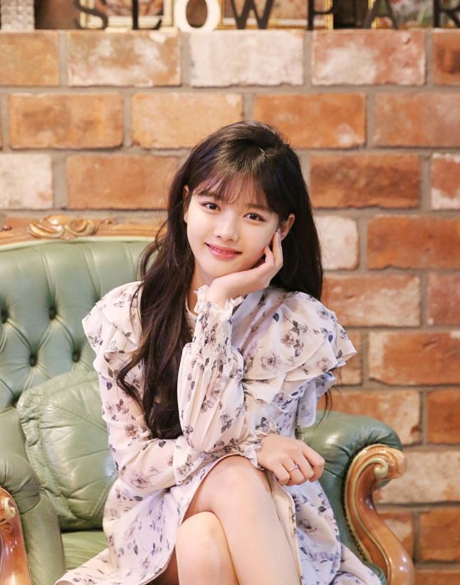 Yoona đáng yêu hết nấc, khoe dung nhan hack tuổi dù đã U30-6