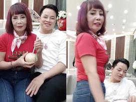 Bị chê già ăn mặc như trẻ trâu, cô dâu 62 tuổi livestream khẳng định body vẫn còn 'ngon nghẻ'