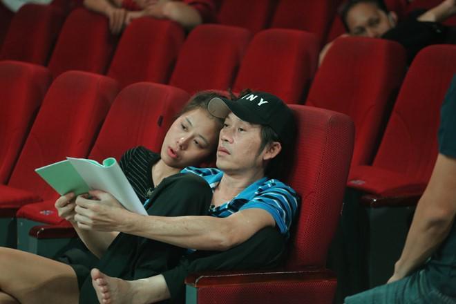 Ốm phờ phạc sau mùa Tết vắt sức chạy show, Hoài Linh vẫn khiến fan bật cười với bài thơ dí dỏm-5