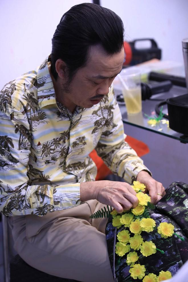 Ốm phờ phạc sau mùa Tết vắt sức chạy show, Hoài Linh vẫn khiến fan bật cười với bài thơ dí dỏm-7