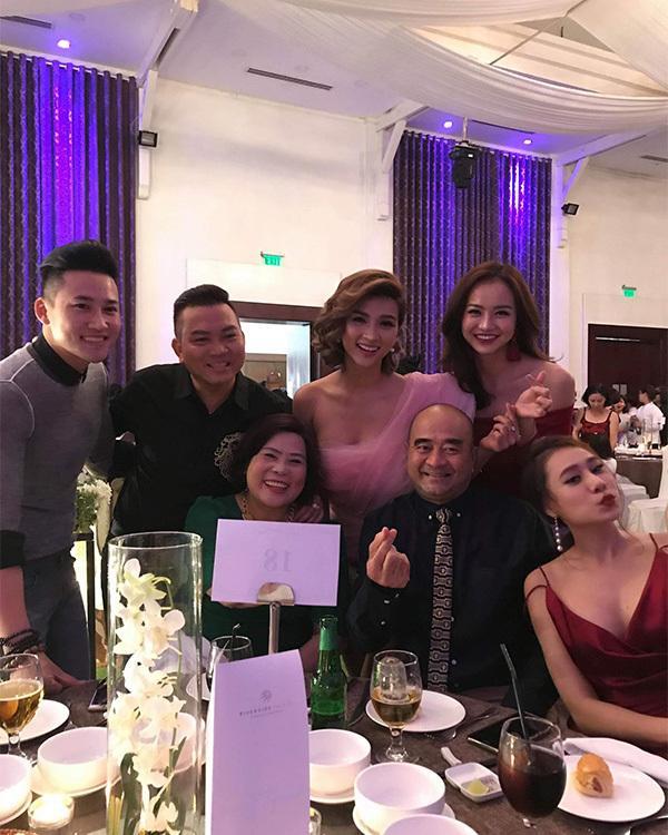 Anh Tài ngọt ngào hát tặng Ngọc Ánh Gạo nếp gạo tẻ trong tiệc cưới-12