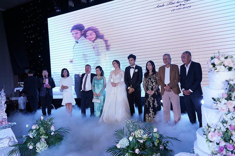 Anh Tài ngọt ngào hát tặng Ngọc Ánh Gạo nếp gạo tẻ trong tiệc cưới-5