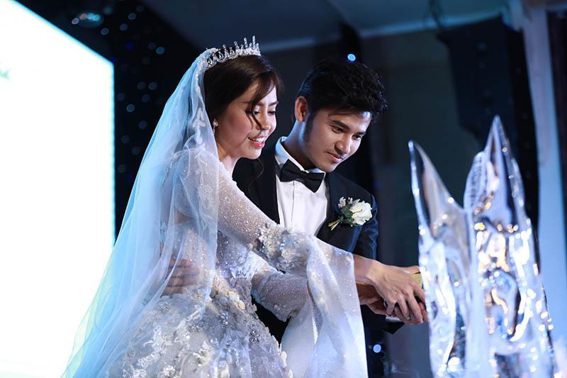 Anh Tài ngọt ngào hát tặng Ngọc Ánh Gạo nếp gạo tẻ trong tiệc cưới-6