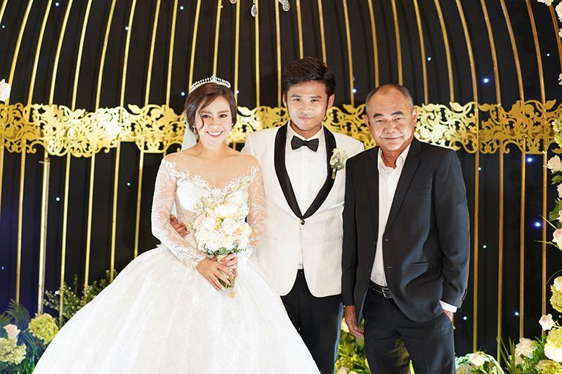 Anh Tài ngọt ngào hát tặng Ngọc Ánh Gạo nếp gạo tẻ trong tiệc cưới-8