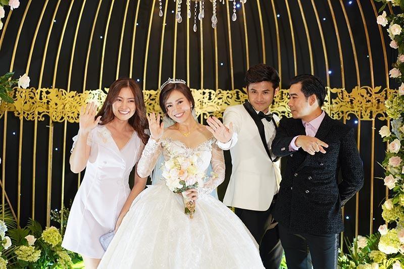 Anh Tài ngọt ngào hát tặng Ngọc Ánh Gạo nếp gạo tẻ trong tiệc cưới-9