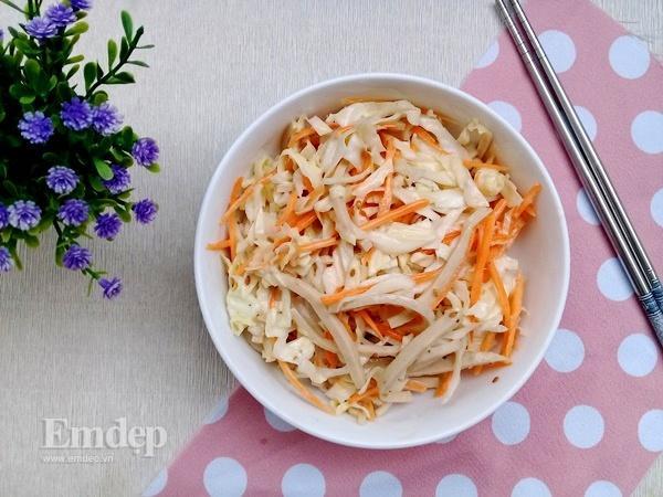 Salad bắp cải trộn sốt mè rang ngậy thơm cho bữa sáng gọn nhẹ-5