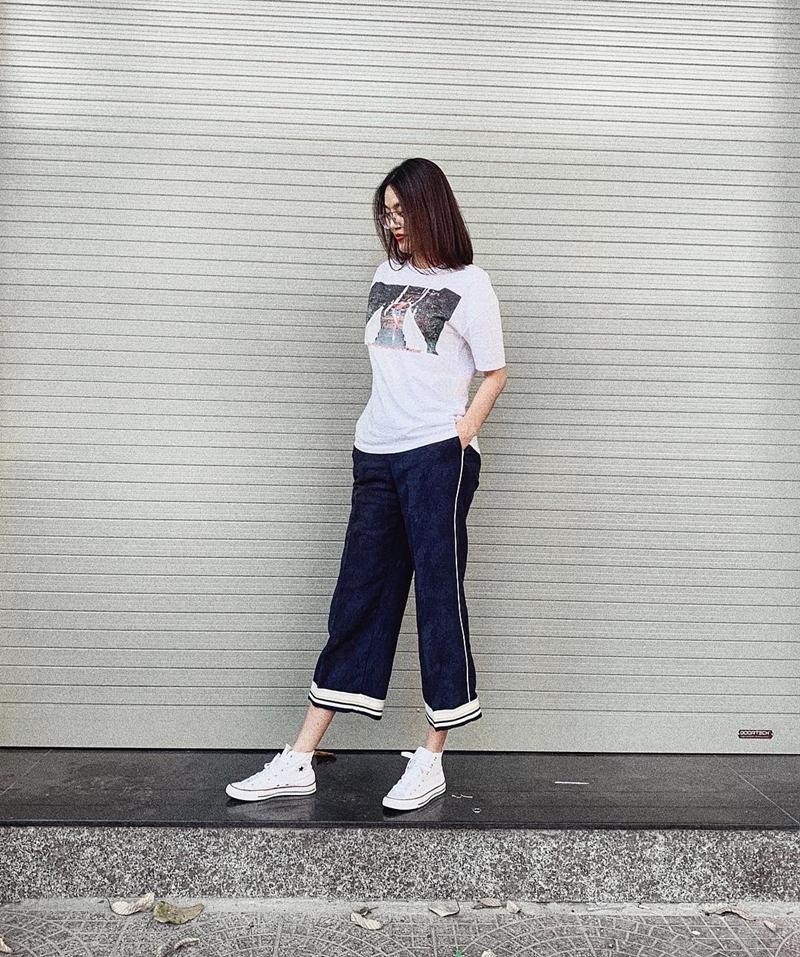 STREET STYLE SAO VIỆT: Tóc Tiên khoe body S-line với áo tắm - Tăng Thanh Hà lại kín mít như mafia áo đen-3