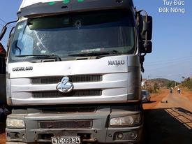 Đắk Nông: Điều tra nhóm người đi xe ô tô, nổ súng bắn tài xế xe tải