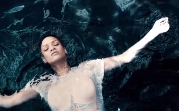 7 bản hit đình đám làm nên tên tuổi của ca sĩ Rihanna-6