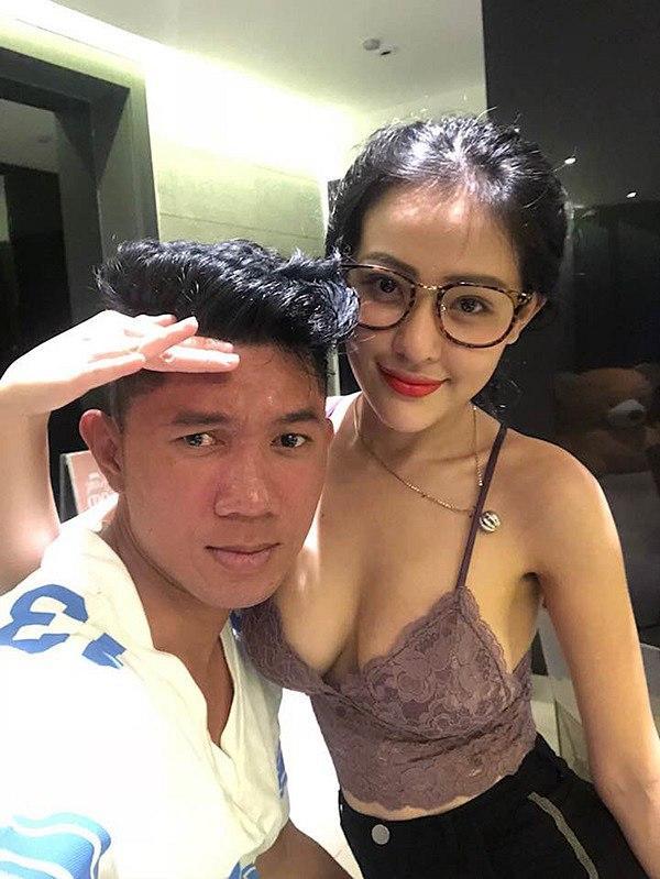 Thực hư việc Lương Bằng Quang tự tay nắn và chọn loại túi ngực để Ngân 98 nâng cấp vòng 1-3