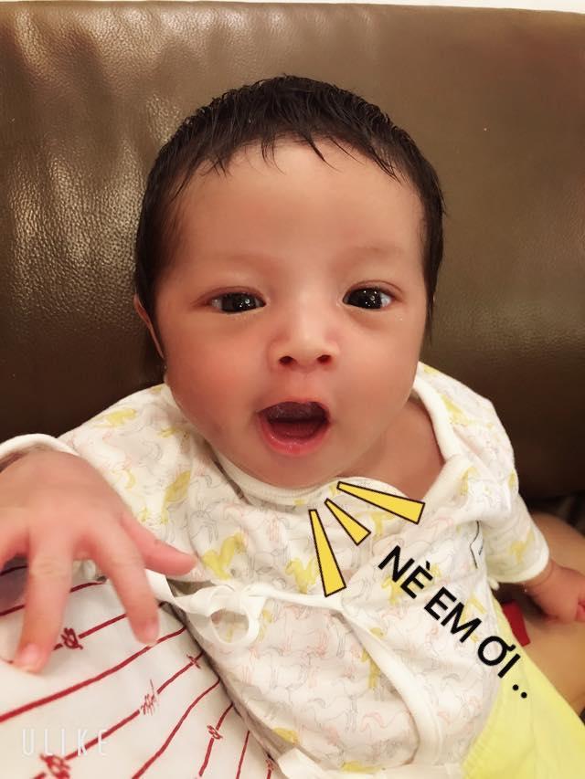 Nhóc tì vừa chào đời nhà Đức Thịnh - Thanh Thúy được phong thánh biểu cảm vì gương mặt quá đỗi hài hước-9