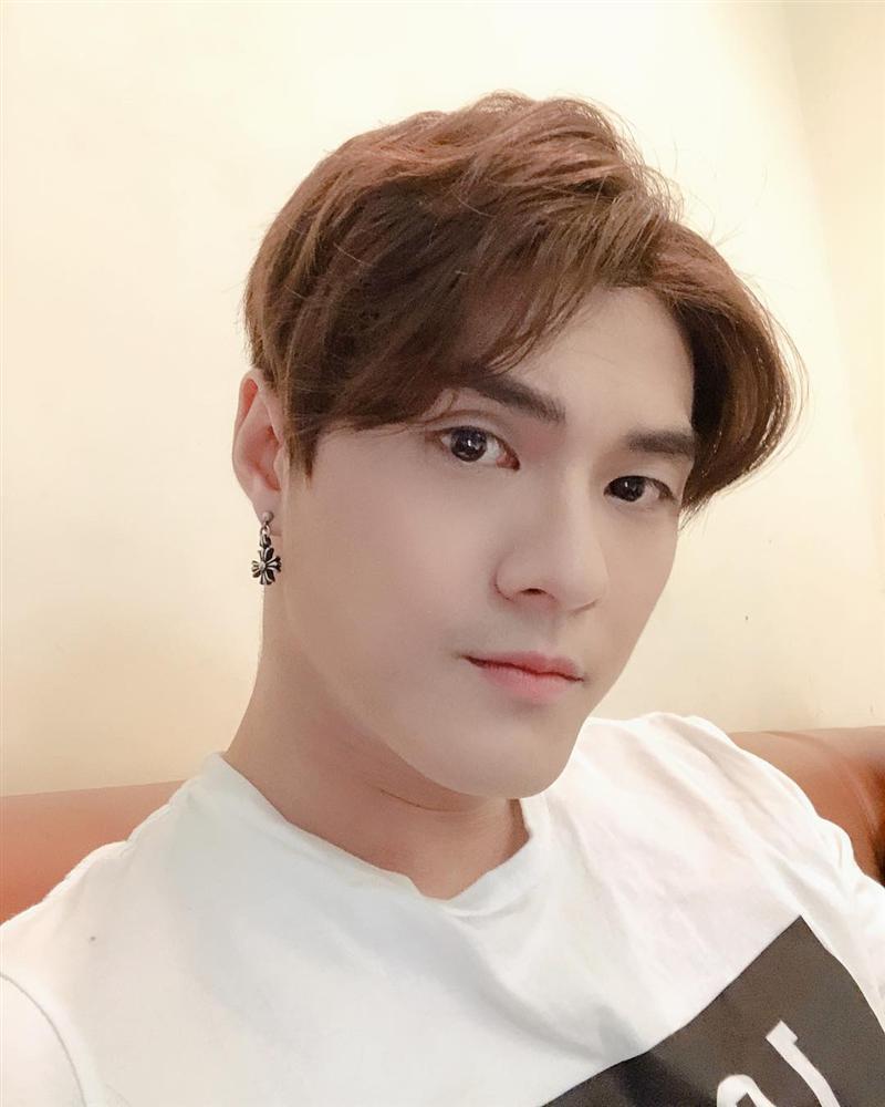 Trấn Thành bị nhắc nhở vì mải mê sánh đôi bên Lan Ngọc mà quên Hari Won-7