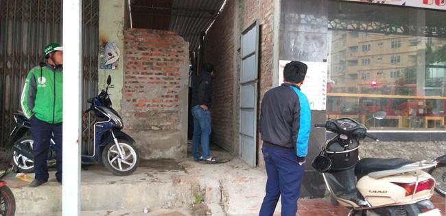 Giải cứu 2 cô gái bị nam thanh niên nghi ngáo đá khống chế ở Hà Nội-2