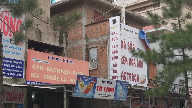 Giải cứu 2 cô gái bị nam thanh niên nghi ngáo đá khống chế ở Hà Nội-6