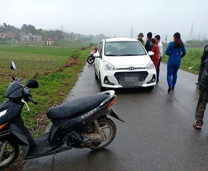 Nữ tài xế bị đâm chết trong ô tô, nghi phạm uống thuốc sâu tự tử-1
