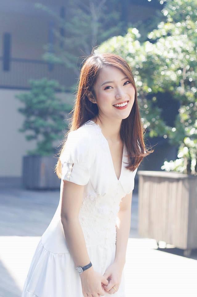 Khánh Vy bất ngờ diễn lại clip nói 7 thứ tiếng-2